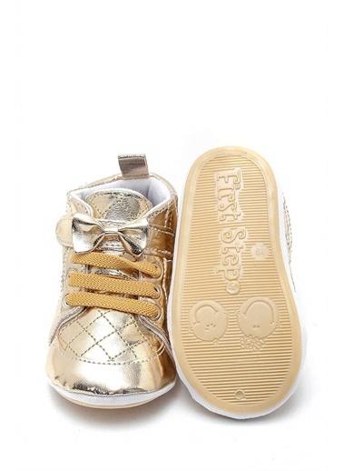 First Step Kurdeleli Esnek ve Kaydırmaz İlk Adım Ayakkabısı  F-529 Altın